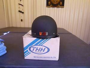 **For sale NEW Flat Black THH Motorbike Helmet AS1698 $80.00ono* North Yunderup Murray Area Preview