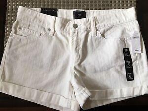BNWT White GAP jean shorts size 6 regular