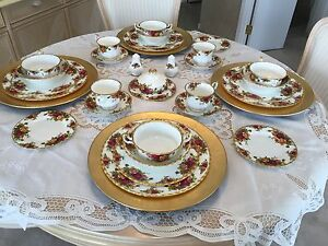 Set vaisselle Royal Albert