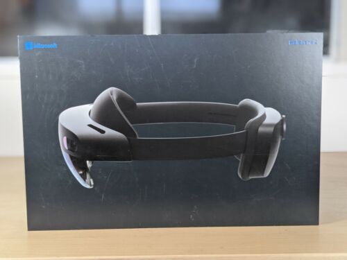 Microsoft Hololens 2 Latest Version VR AR MR with case/charger/box/books perfect