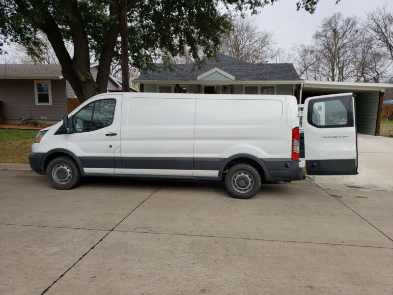 carpet cleaning van 2016 Ford transit ,truck mount prochem with 110 hours only