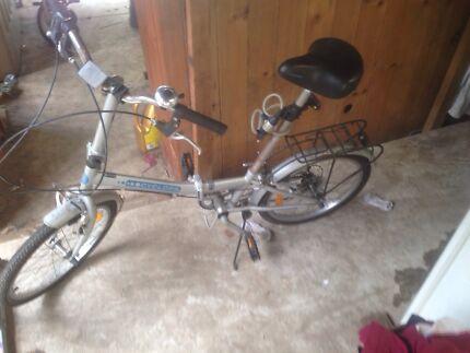 Cyclops folding bike
