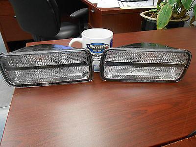 85-92 Camaro Z28 Iroc Front Park Lamps Lights Left Right 5975681 & 5975682