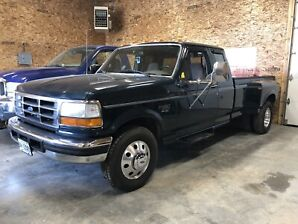 MINT CONDITION LOW MILEAGE 1995 F350 DUALLY