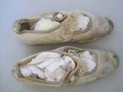 Children's Leather Handmade Shoes Antique WHITE GIRL BOW BUTTON Nailed Sole