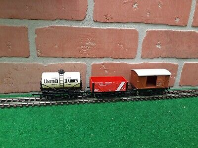 Hornby United Dairies Tanker Wagon & Box Car Freight Lot