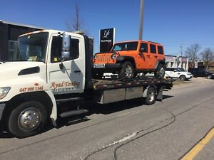 Tow truck:; flatbed