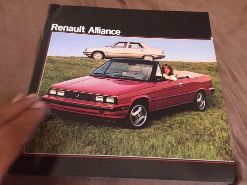 1985 Renault 9 Alliance USA Market Color Brochure Prospekt