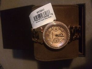 Brand new with tags stunning rose gold Michael kors watch