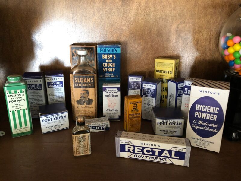 - APOTHECARY  bottles and BOXES  (lot 17 pcs)