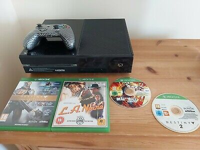 Boxed Microsoft Xbox One 500GB Matte Black Console With Controller 4 games
