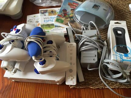 Wii console and 3 games Seaford Morphett Vale Area Preview