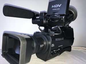 BRAND NEW SONY PROFESSIONAL HVR-HD1000 CAMCORDER