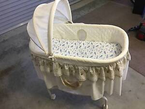 Baby Bassinet Sippy Downs Maroochydore Area Preview