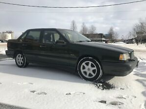 Volvo 850 leather interior/sunroof/ summer and winter tires