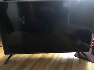 """42"""" LG HD TV + Remote (commercial and personal TV) NEGOTIABLE"""