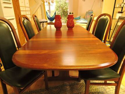 Solid Jarrah Dining Suite With Green Leather Seats