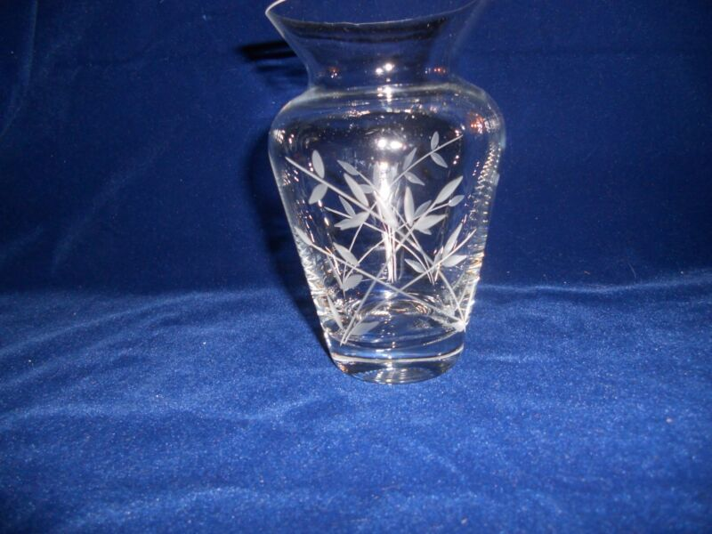 Lenox Lead Crystal Vine & Leaf Etched Vase- USA