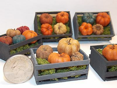 Dollhouse Miniature Halloween Pumpkins crate 1:12  inch scale G66 Dollys Gallery](Halloween Scales)