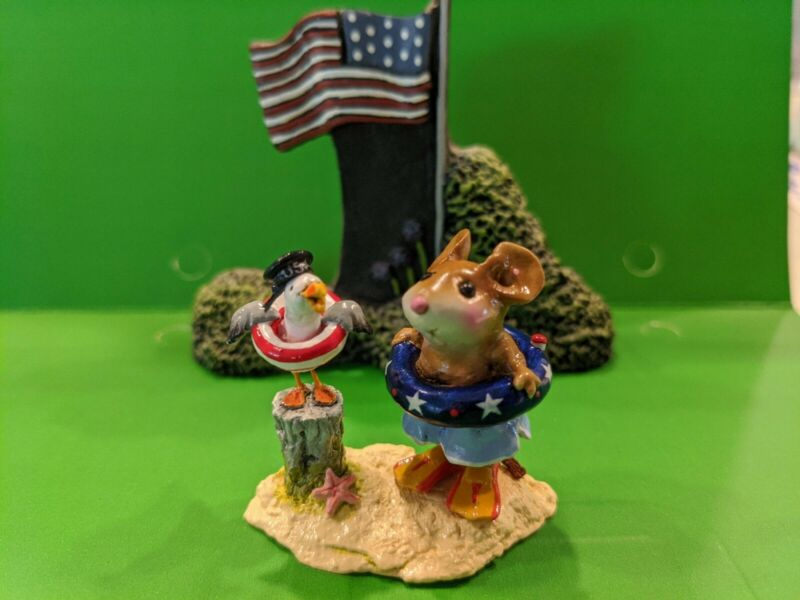 Wee Forest Folk.  Patriotic Pals M6916 (And display piece)
