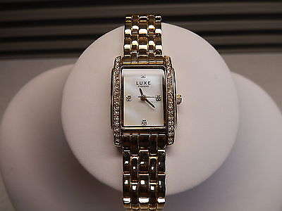 Ladies Womens Watch Luxe Diamond Gold Tone MOP Crystal New Battery W9