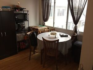 4 1/2 ALL/TOUT INCLUDED . $750 West Island Greater Montréal image 2