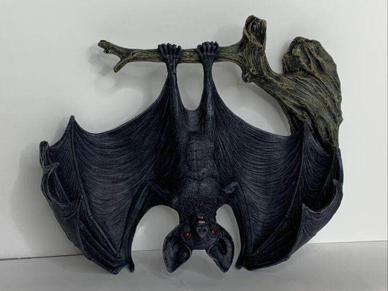Design Toscano Demon of the Night Vampire Bat Statue