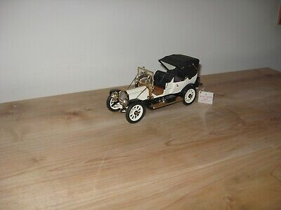 Franklin Mint 1912 Packard Victoria 1:24 Scale Model / Selling as Found