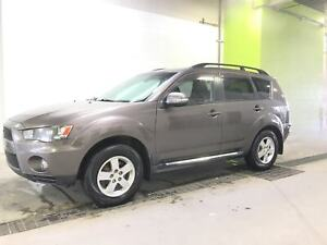 2010 Mitsubishi Outlander LS 7 PASSAGERS 4 ROUE MOTRICE REGULATE