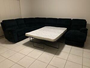 Large Corner Lounge