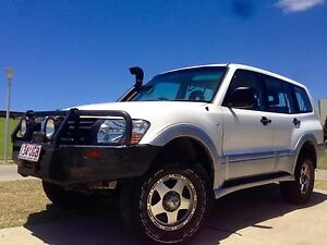 2004 Mitsubishi Pajero GLX Turbo Diesel Parkwood Gold Coast City Preview
