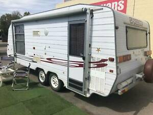 SPACELINE ODYSSEY 20' with AIR CONDITIONING and ISLAND BED