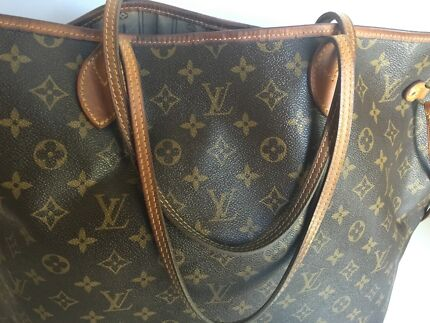 Authentic Louis Vuitton ( LV ) neverfull Gm bag Haymarket Inner Sydney Preview