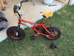 """12"""" Cars kids bicycle Joyner Pine Rivers Area Preview"""