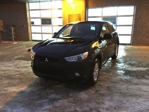 2011 Mitsubishi RVR AWD LOW KM AND WARRANTY