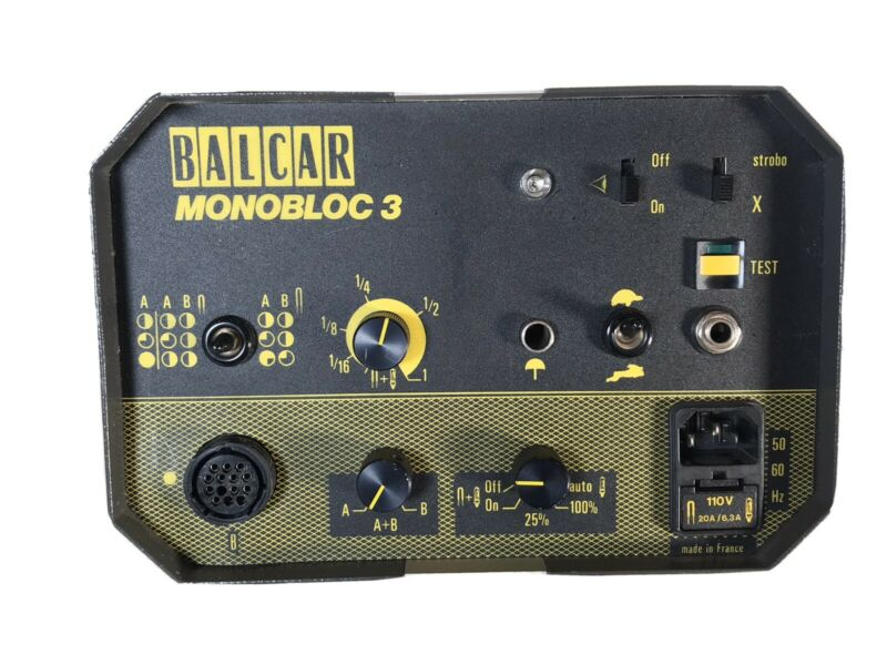 Balcar Monobloc 3 - 1600ws w/reflector & power cord  Used  #18007
