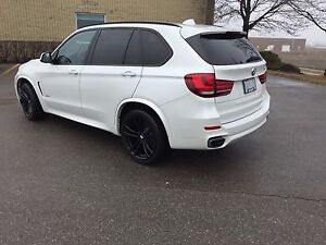 BMW X5 Xdrive 3.5 M Performance low Km!