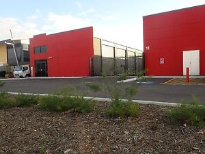 60 m2 MINI WAREHOUSE FOR LEASE $245 p/w all inclusive. Canning Vale Canning Area Preview