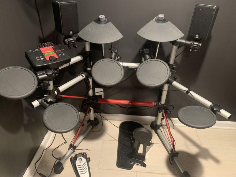 Yamaha Electric Drum Set DTXPLORER
