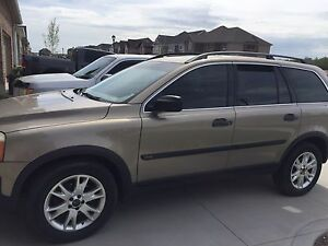MOVING - 2004 Volvo XC90 7 Passenger