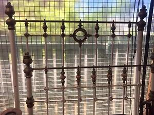 Antique iron double bed with brass and porcelains Armidale Armidale City Preview