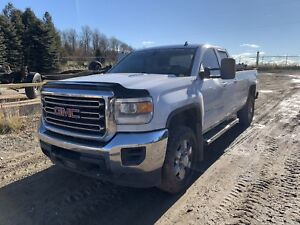 2015 Gmc 2500 Duramax Diesel loaded leather Getting Parted Out