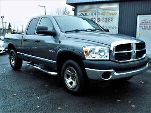 Dodge RAM 1500 SXT 2008 ***QUAD CAB,4X4,BOITE 6 PIEDS***