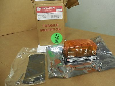 Federal Signal Lp1 Steamline Strobe Light Lp1-024a 24vdc Series A Color Amber