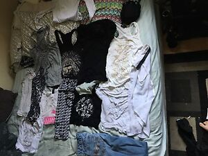 Bag of size small women's clothing