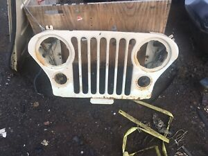 Jeep grill & tailgate