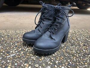 Size 9 Heeled Black (Vegan) Boots