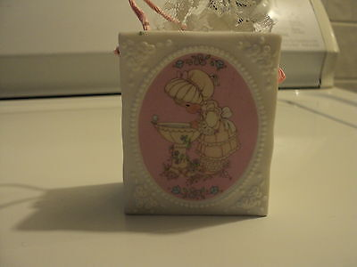 "PRECIOUS MOMENTS CERAMIC BAG ""KINDNESS IS A GIFT THAT GOD HAS TRULY BLESS YOU WI"