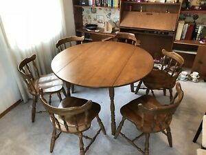 VINTAGE MAPLE DINING SET