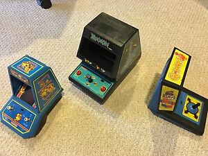 3 working Mini arcades